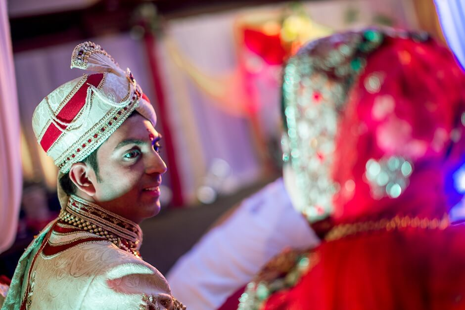 candid wedding photographers in mumbai