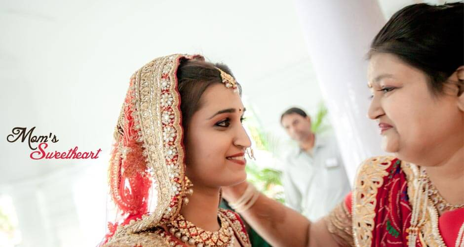 2 best candid wedding photographers bangalore